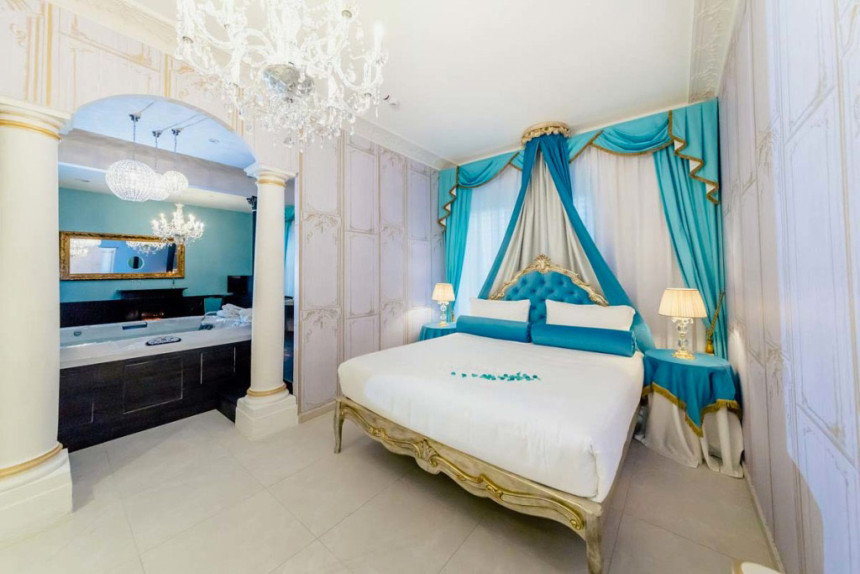 Tiffany Suite Plus